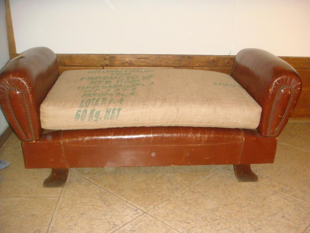down - Backless Sofa